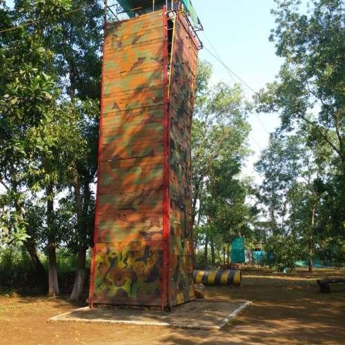 Climbing Walls2
